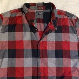 Eddie Bauer relaxed fit casual button shir…